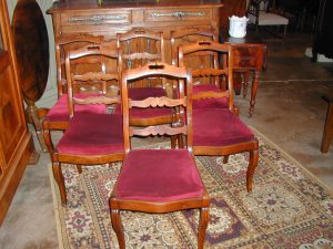 6 chaises acajou et tissu rouge